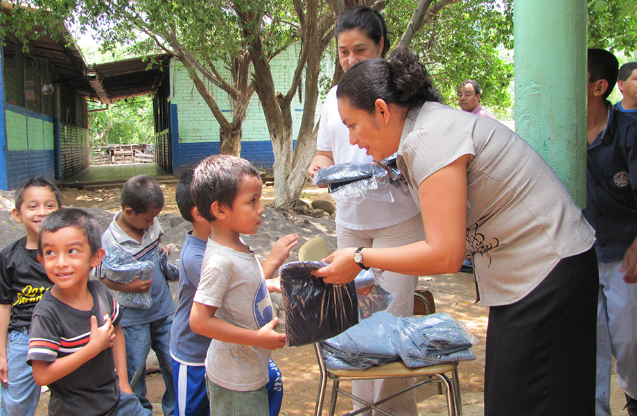 Tailored For Education in El Salvador